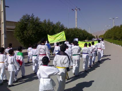 حضور پرشور تکواندوکاران جویمی در راهپیمایی 22 بهمن91